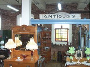 Best Shops For Antiques And Collectibles In Hartford – CBS Connecticut